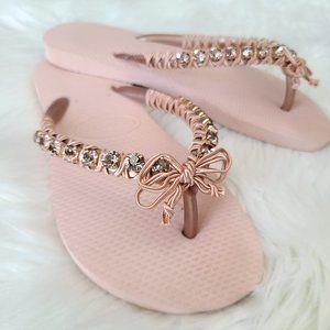 CORAVANA HAVAIANA | rose gold flip flop sa…